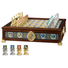 NN7109-The Hogwarts™ Houses Quidditch Chess Set